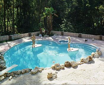 Jayne-mansfield-pool