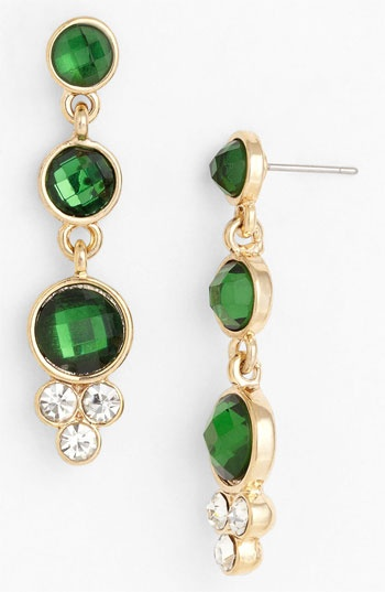 Emerald_earrings