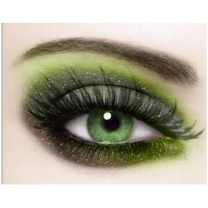 Green_eye_makeup